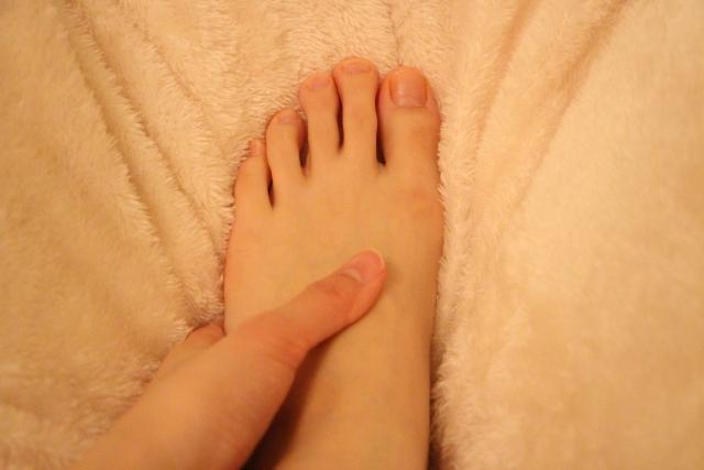 足、かかとの保湿をしっかりする